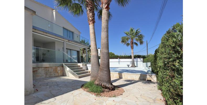 villa for sale cala pi2